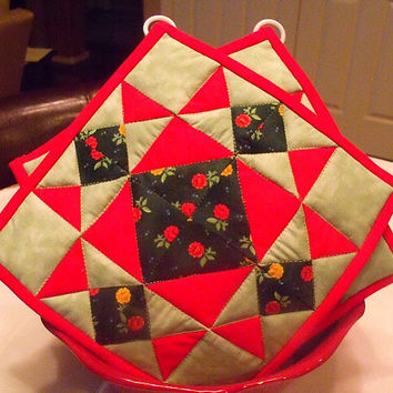 Green & Red Quilted Potholders - Set of 2 - HANDMADE BY ME
