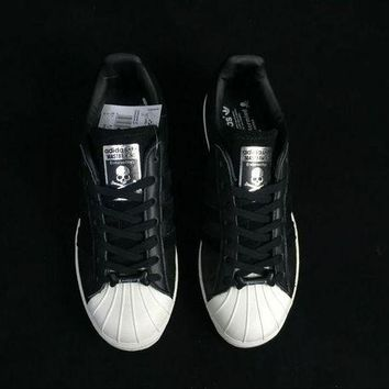 DCC3W adidas x mastermind JAPAN SUPERSTAR 80s Men Women Sneaker