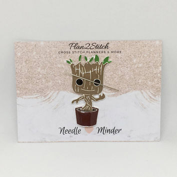 Groot Alloy Needleminder for Cross Stitch/Embroidery