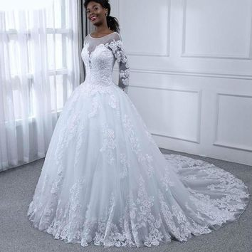 Ball Gown Wedding Dresses Appliques Lace Pearls Long Sleeves Bridal Gowns Wedding Dress