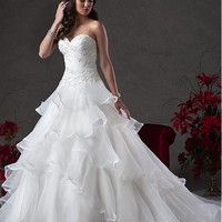 [194.99] Fabulous Organza Sweetheart Neckline Ball Gown Wedding Dresses with Beaded Lace Appliques - Dressilyme.com