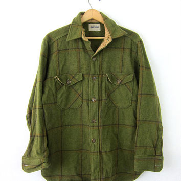 Wool 1950s Plaid Flannel Shirt Amana Button Up 50s Shirt Vintage Tomboy Chore Pocket Shirt Green Hipster Men's Size Large