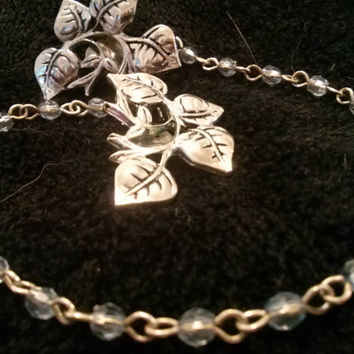 Sweater Clasp, Cardigan Clip, Collar Clip: Silver leaves with silver chain with light blue accents