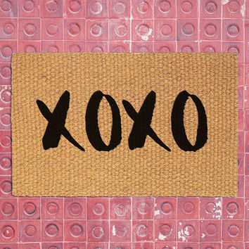 XOXO Doormat | Welcome Mat | Home Decor | Valentine's Day Decor | XOXO Decor | Love Door Mat | Cocomat | Welcome Rug | Wedding Gift