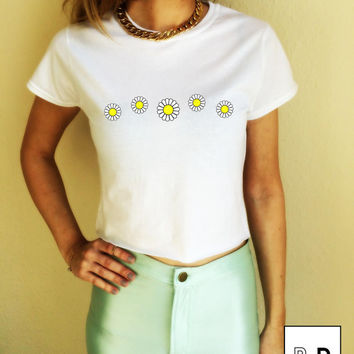 Daisies Daisy Chain Graphic T Shirt Crop Top Unisex White Black Grey S M L XL Tumblr Instagram Blogger