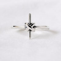 925 sterling silver Antique Cross Knot Ring