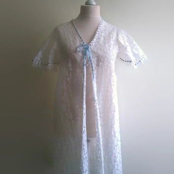 Vintage white velvet robe - long floral bridal lace negligee  - 1970s floor length dressing gown - retro wedding pin up lingerie