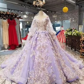 Gorgeous Lavender Floral Wedding Dresses Sheer Puff Sleeves Dubai Pearls Bridal Gowns Lace Embroidery