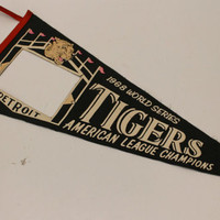 Vintage 1968 World Series Detroit Tigers American Leauge Champions Felt Pennant Wall Hanging Sports Memorbillia