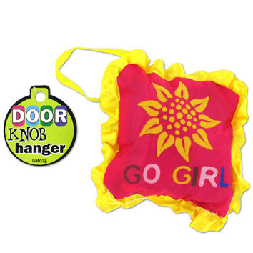 Door Knob Hangers: Case of 18