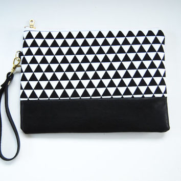 Black and white clutch, Triangle, Geometry, Mod, Wristlet, Makeup bag, Cosmetic case