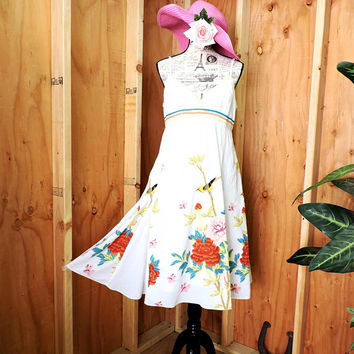 Cotton floral summer dress / size M / white cotton sundress / cotton beach dress