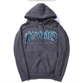 Thrasher2017 autumn and winter flame hooded sweater fashion wild men and women couple hooded sweater