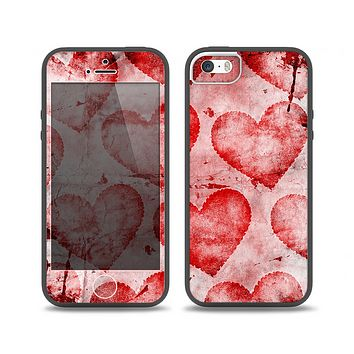 The Grunge Dark & Light Red Hearts Skin Set for the iPhone 5-5s Skech Glow Case