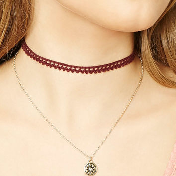 Scalloped Choker Set