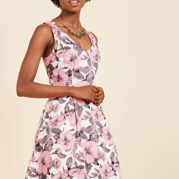 Fabulously Established Floral Dress in Pink | Mod Retro Vintage Dresses | ModCloth.com