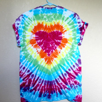 Tie Dye Rainbow Heart Unisex Adult Medium Shirt Red Love Top