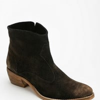 Urban Outfitters - Diba Plentee Ankle Boot