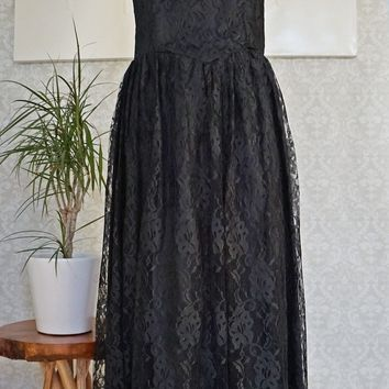 Vintage 1980s Lavish + Lace Dress