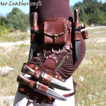 Customizable Steampunk leather belt - LARP and Cosplay -