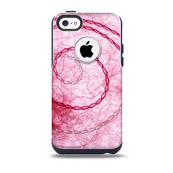 The Pink Chain Stitch Skin for the iPhone 5c OtterBox Commuter Case