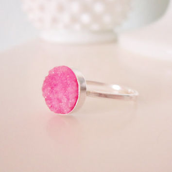 Pink druzy agate ring in sterling silver, rock candy, delicate modern jewelry