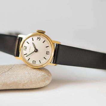 Vintage round women's watch EMES. Gold plated lady wristwatch retro. Very small classic watch. Girl jewelry watch. New premium leather strap
