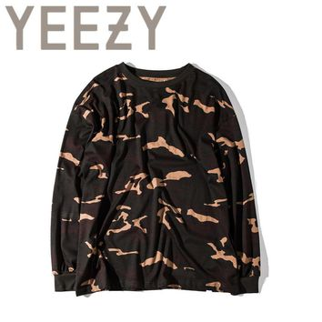 Kanye West YEEZY Camouflage T Shirt 1:1 High Quality SEASON 1 Summer Justin Bieber Clothes  Military Army Camo YEEZUS T-shirts