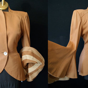 "Stunning 1940's Camel Gabardine Jacket w/ Dramatic Sleeves by ""Oxford Garment Co. Los Angels, CA"" Old Hollywood Pinup VLV Size Medium-Large"