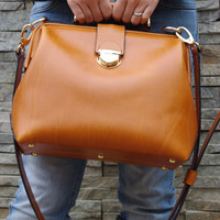 Japanese Style Superior Genuine Cow Leather Doctor Bag / Satchel / Messenger / Lady Bag in Tan Brown D015