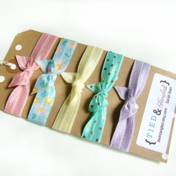 Floral Hair Ties, Pastel Hair Ties, FOE, Summer Break, Party Favors, Bat Mitzvah Favors, Spring Hair Ties, Preppy Hair Ties, Hair Gift Set