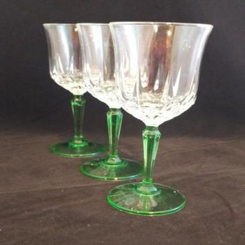 Wine Glasses Green Faceted Stem S/3
