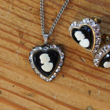 Vintage Art Deco Jewelry / Vintage Necklace / Vintage Earrings / Jewelry / Antique Jewelry / Antique Necklace / Cameo / Mourning Jewelry /