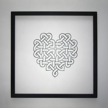 CELTIC HEART KNOTWORK Eternity Love Knot Silhouette Papercut. in Forest Green Engagement and Wedding Gift. Wall Art Décor Hand cut. OOaK