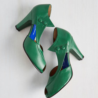 D'Orsay at the d'Orsay Heel in Emerald | Mod Retro Vintage Heels | ModCloth.com