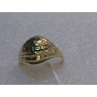 Vintage 14kt Domed Gold Ring, Diamond Cut, size 6.5, 2.21 grams