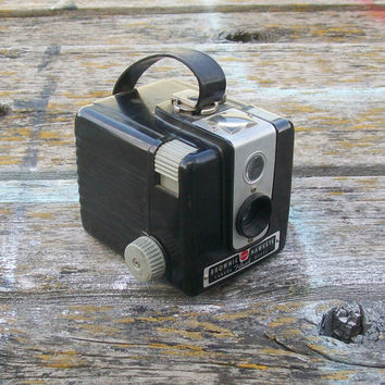 Vintage Kodak Brownie Hawkeye Camera Flash Model Black 1950s