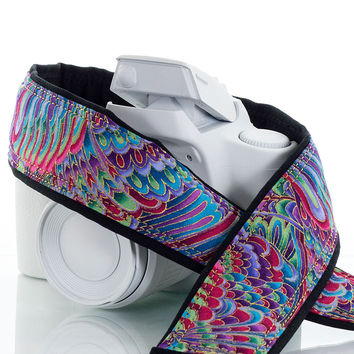 089 Camera Strap Paisley Rainbow dSLR