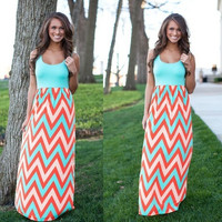 The new split dress stitching color stripes put on a large bohemian dress = 1748270980