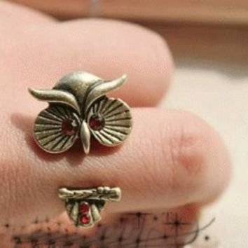 Hugging Owl Fashion Ring | LilyFair Jewelry