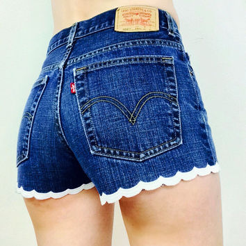 Levis Scalloped High Waisted Shorts - Cheeky - All Sizes