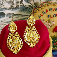 Portugal folk Queen gold filigree earrings small Portuguese jewelry