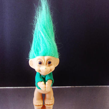 Russ St. Patrick's Day Troll Doll Toy Green Hair Brown Eyes Collectible