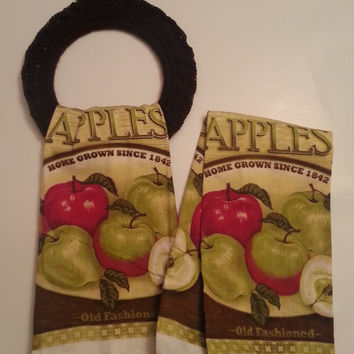 Kitchen Towels and hanger, Apple towels with hanger