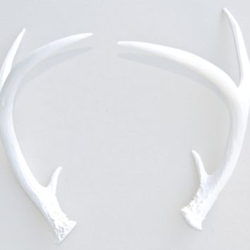 Antlers: Shed - White