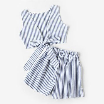 Summer Ladies Two Way Sleeveless Blue Vertical Striped Bow Tie Crop Top With Shorts