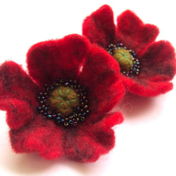 FREE SHIPPING! Red Poppy Felted Flower Earrings of Felted Wool - Ukrainian Jewelry - Gift for Her