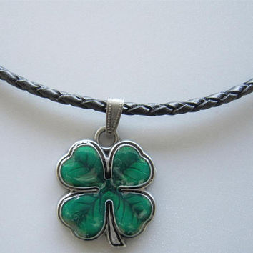 Four-leaf Clover Leather Rope Necklaces For Festival St. Patrick's Day Four Leaves Clover Key Chains Necklace for Men