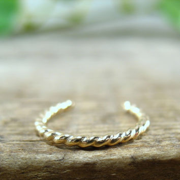 No Pierce Ring Gold Filled Dotted Twist