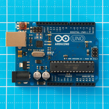 INTRODUCTION TO THE ARDUINO MICROCONTROLLER